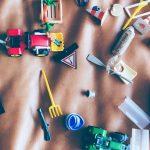 Co robić, kiedy dziecko nie chce bawić się samo?